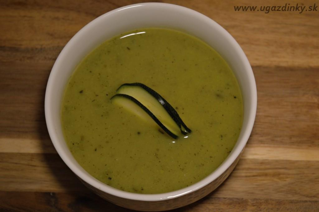 Cuketová krémová polievka