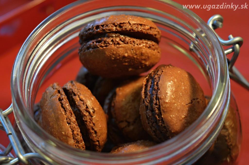 Čokoládové makrónky