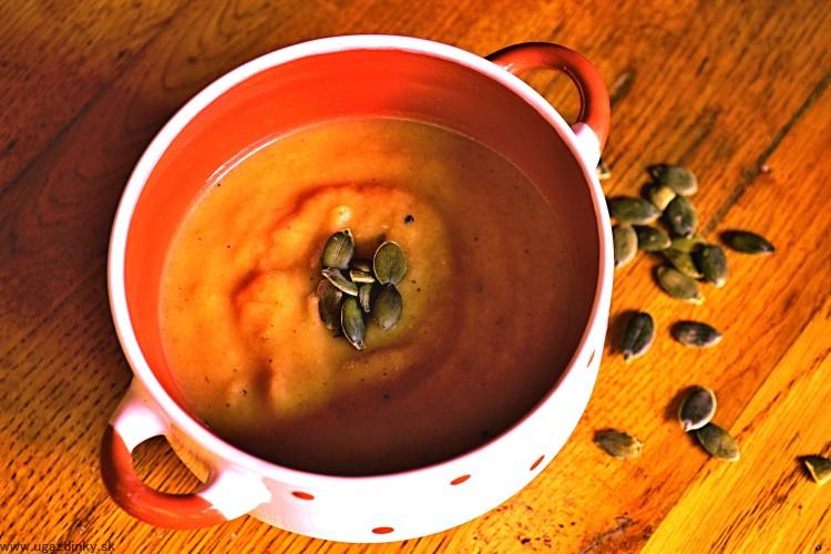 Pečená tekvicová polievka