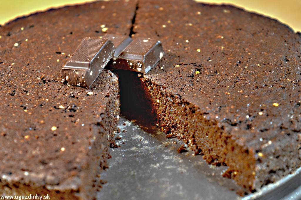 Rýchla čokoládová torta bez lepku