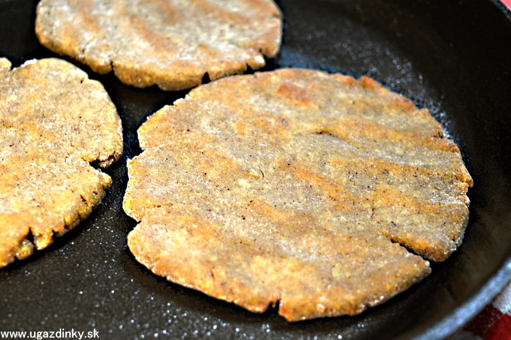 Bezlepkové pohánkovo zemiakové placky