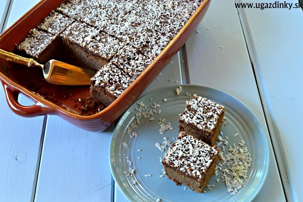 Bezlepkový koláč s kokosom