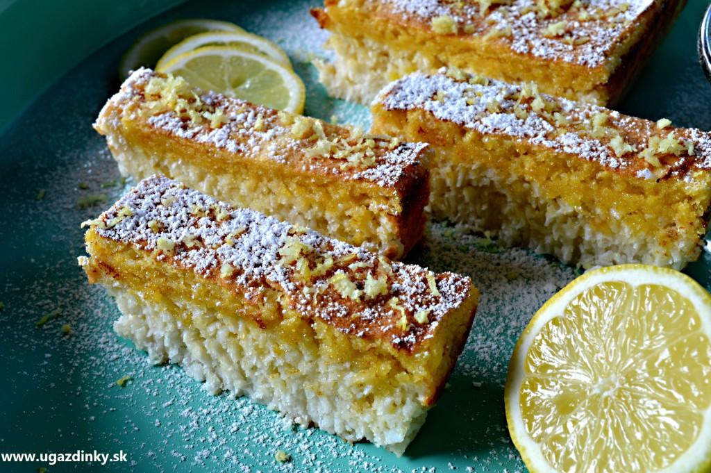 Bezlepkový citrónový koláč s kokosom