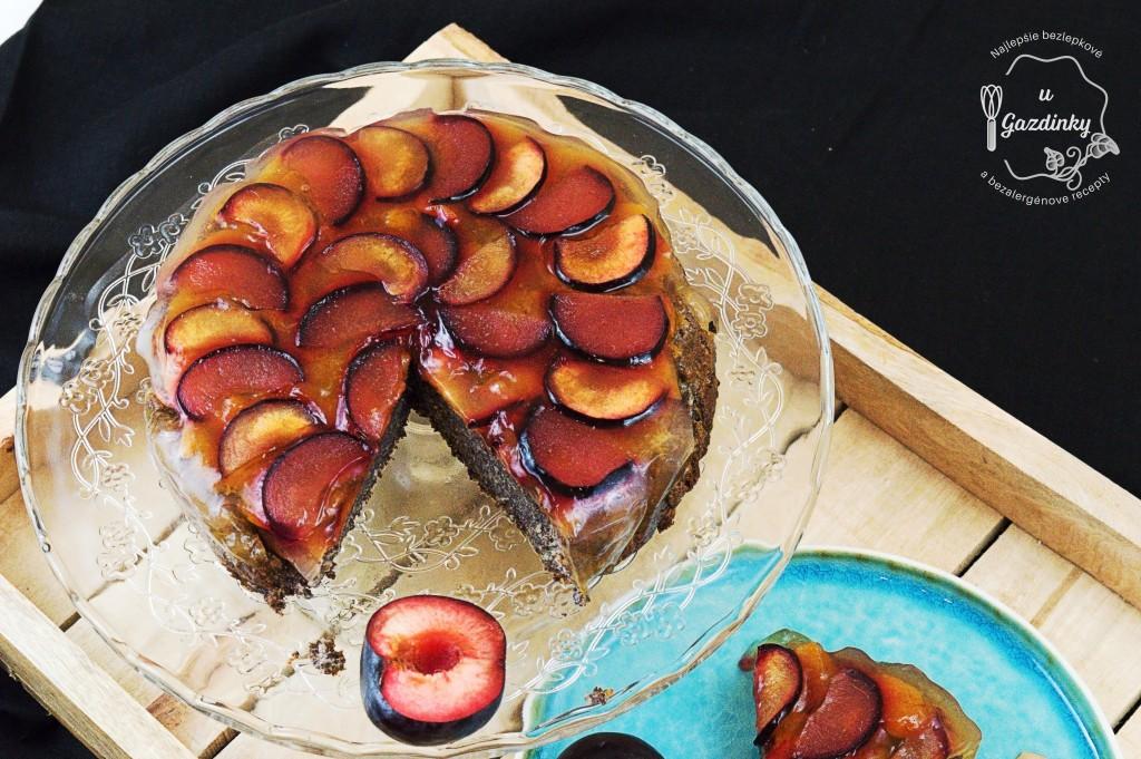 Makový koláč so slivkami
